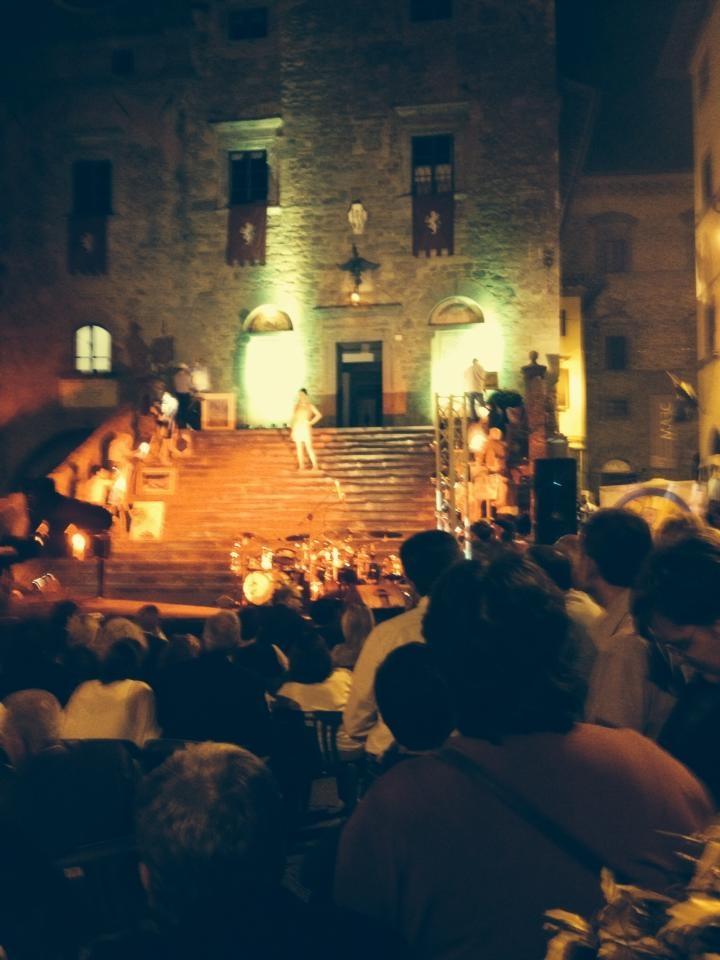 Il racconto di CortonArt: arti, intrattenimento, enogastronomia a Cortona