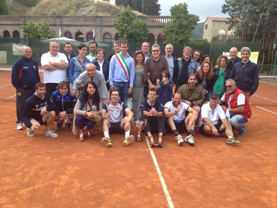 Campioni Regionali: il trionfo del Tennis Club Cortona Camucia è dedicato a Spartaco Vannucci