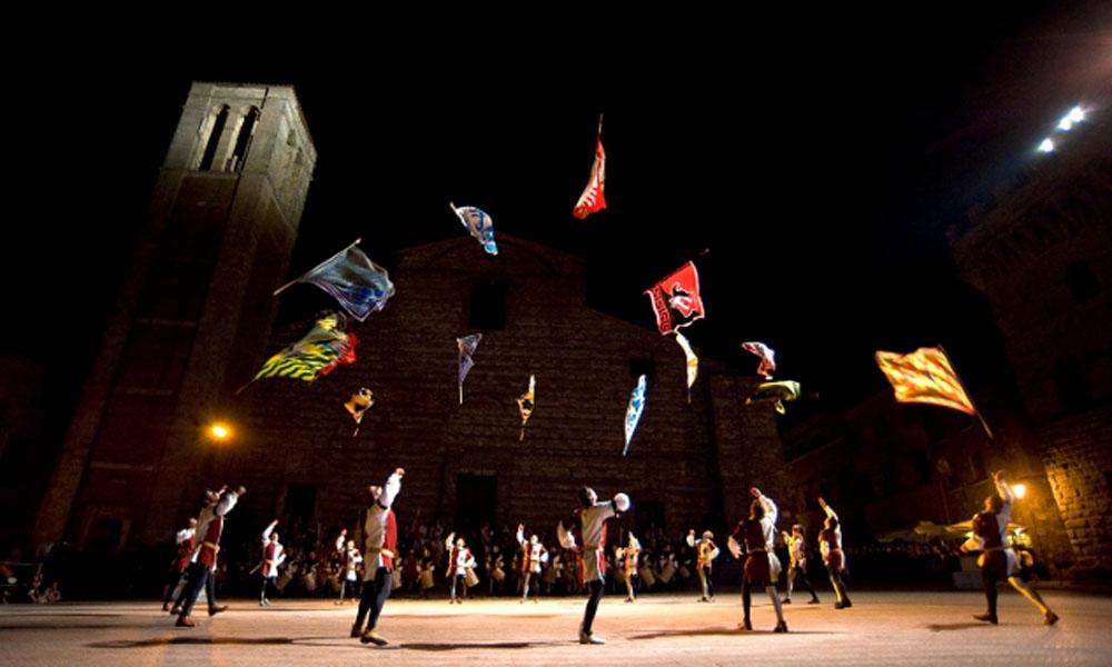 Montepulciano: via alla settimana di eventi del Bravìo delle Botti
