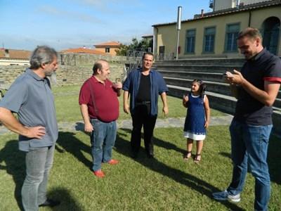 Niki Giustini e Gianni Fantoni al Monte per un cortometraggio
