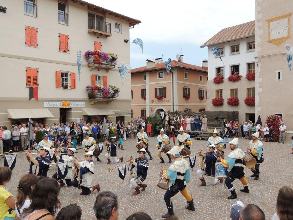 Nuove trasferte per il Gruppo Musici e Sbandieratori del Cassero