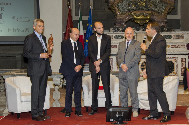 Ferruccio Ferragamo premiato a CortonAntiquaria