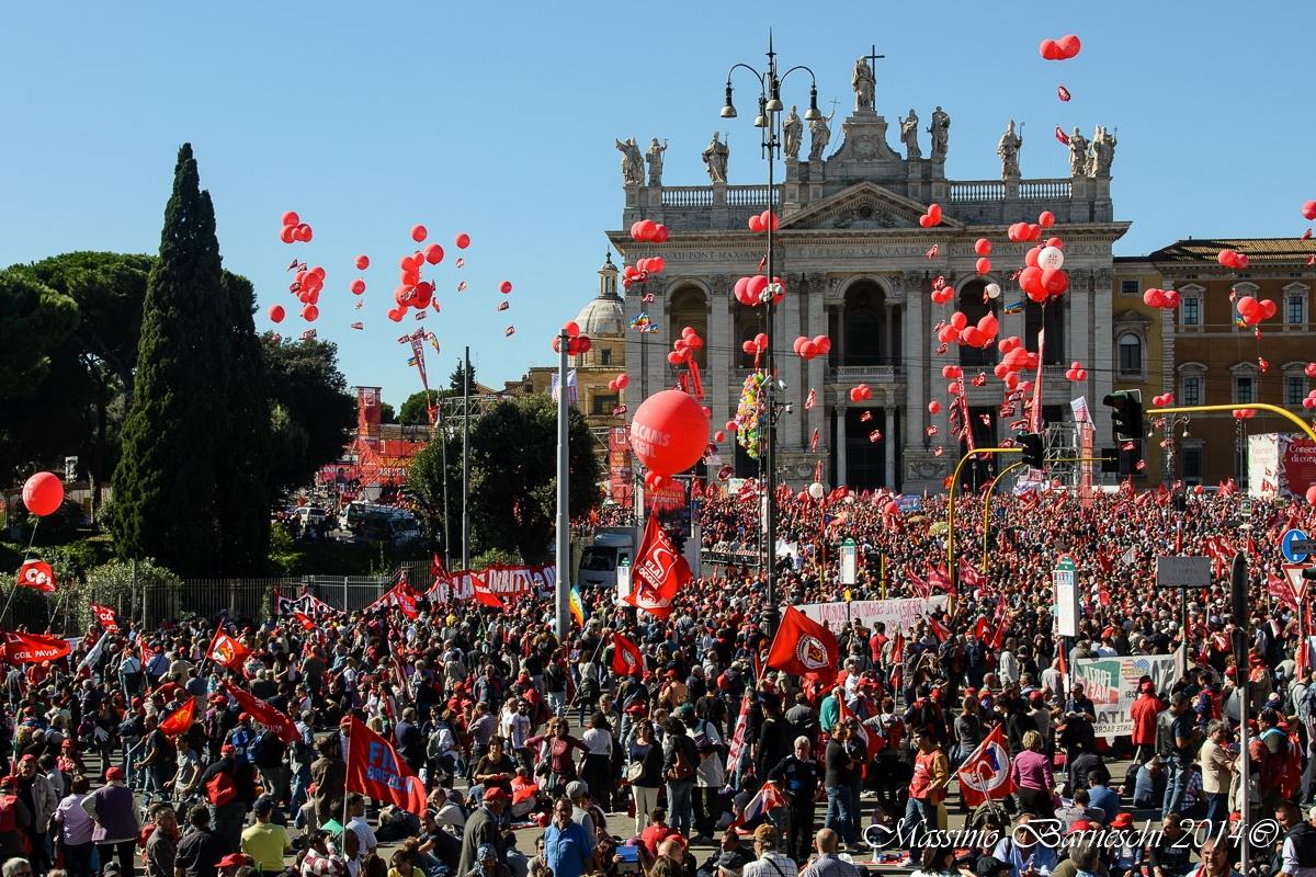Anche la CGIL Valdichiana in piazza a Roma in difesa della dignità del lavoro