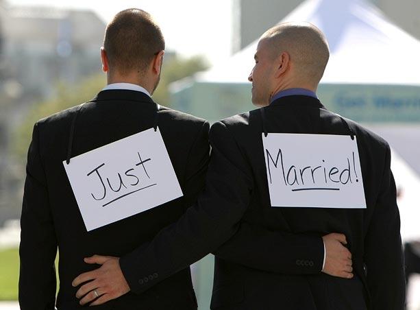 Sindaci, ma la sposereste davvero una coppia gay?