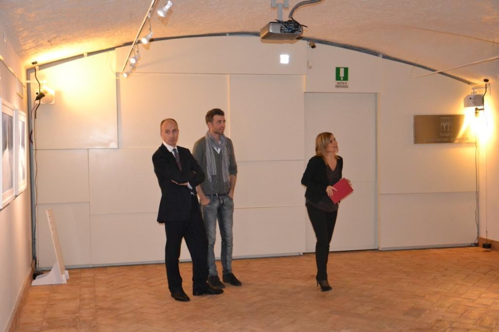 Successo per Roberto Ghezzi e gli altri pittori aretini al Chiostro del Bramante
