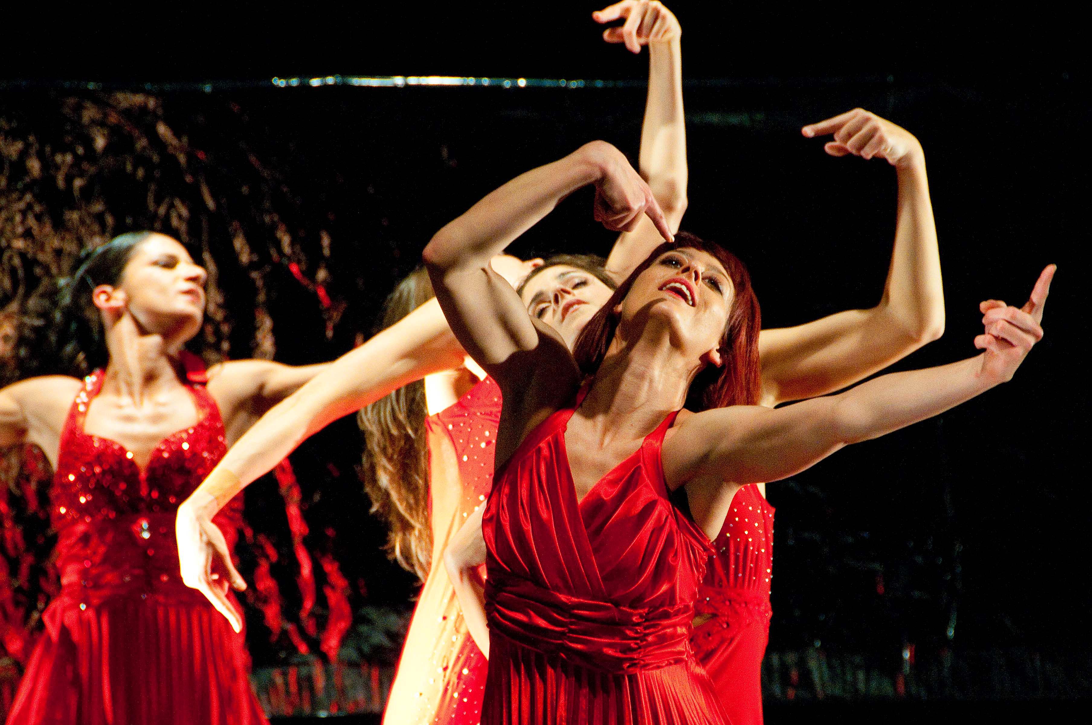 Cortona, riparte la stagione teatrale con la 'Traviata': danza e melodramma