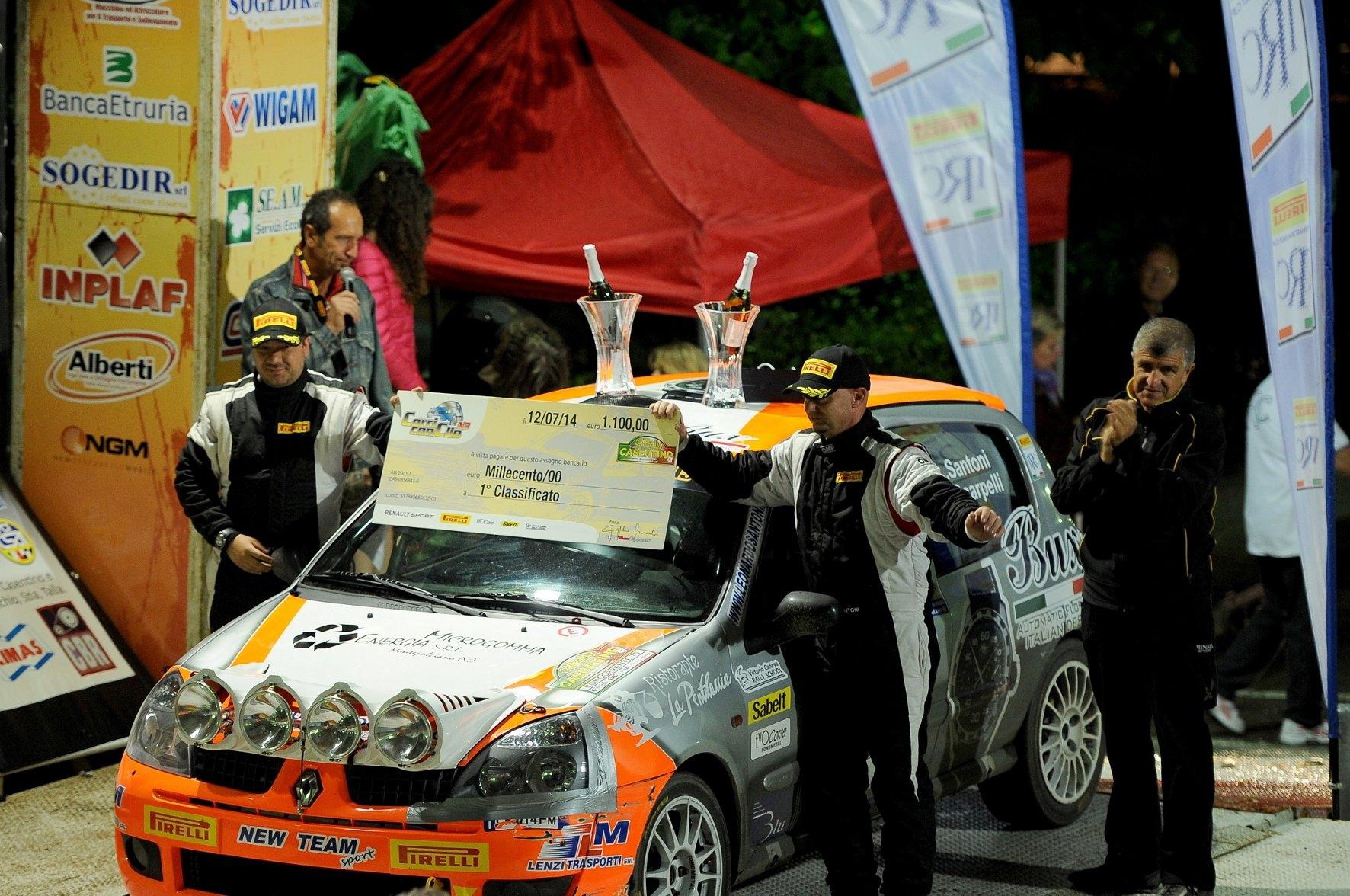 Andrea Scarpelli sul podio del Rally italiano, l'intervista