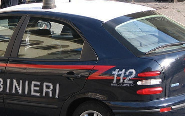 Furto all'Outlet, tre denunce dei Carabinieri