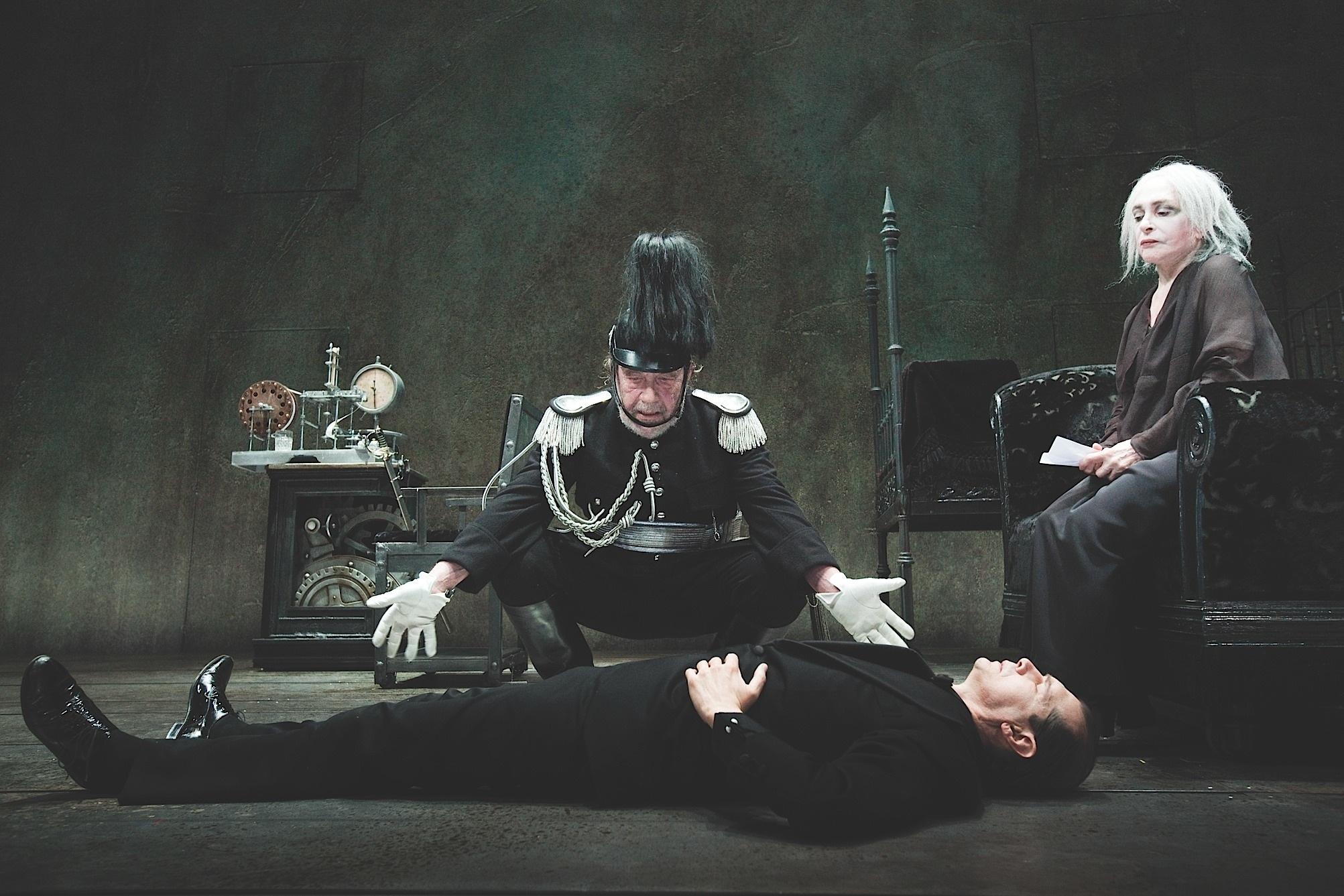 'Danza macabra' al Signorelli di Cortona
