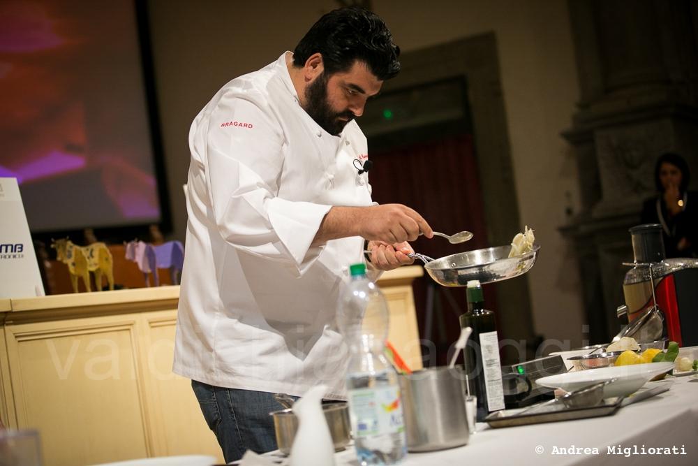 Il nuovo 'Vitellone', foto della prima giornata col cooking show di Cannavacciuolo