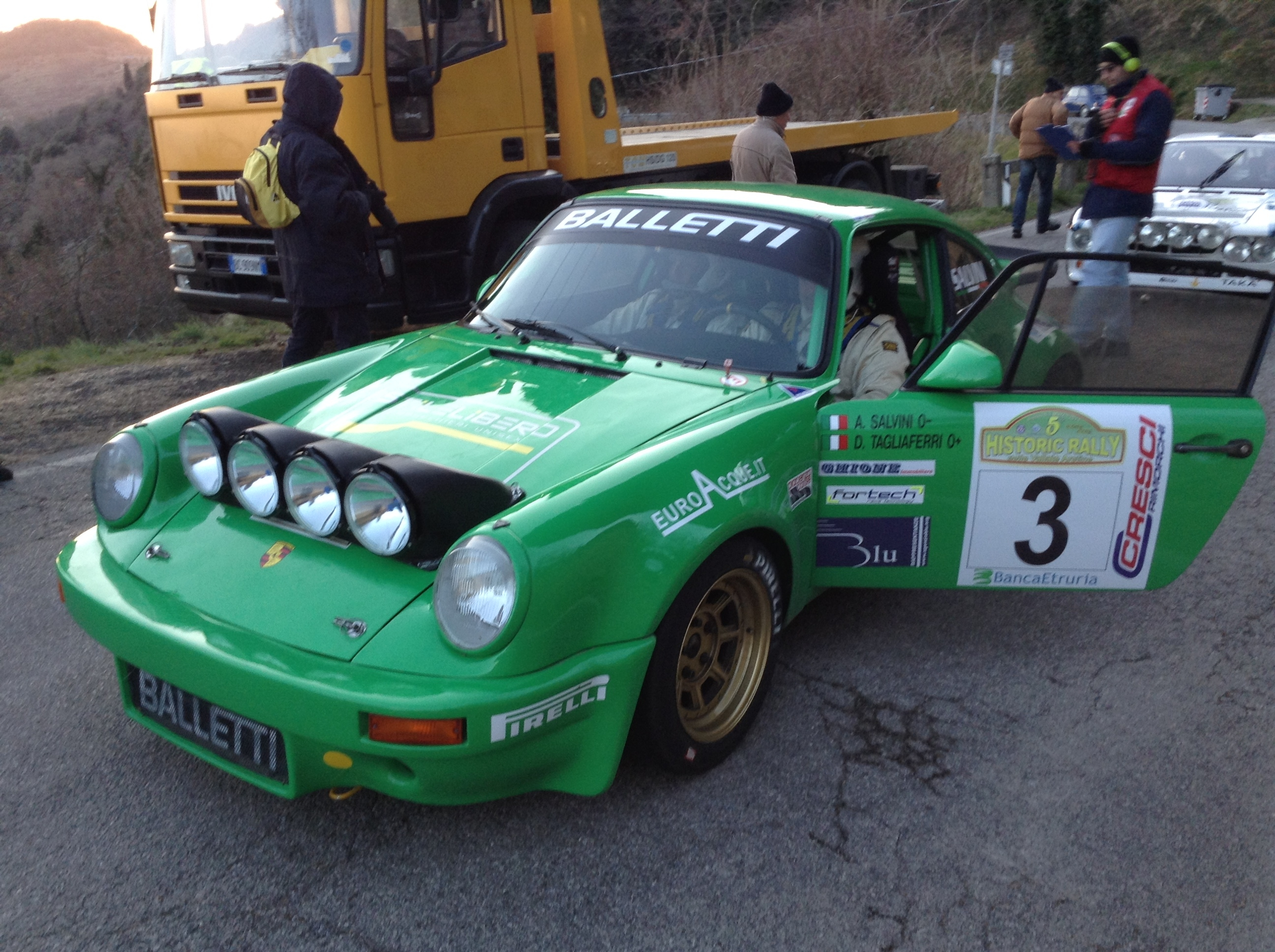 Tre Porsche sul podio dell'Historic Rally valli aretine, le foto a Cortona