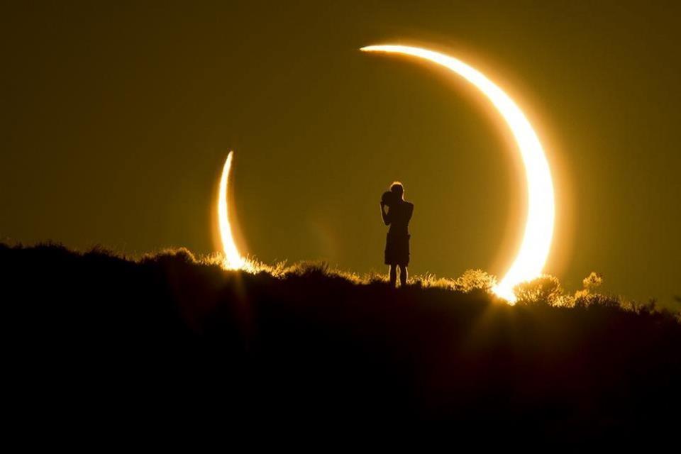 Eclissi di sole:come seguirla al meglio dalla Valdichiana