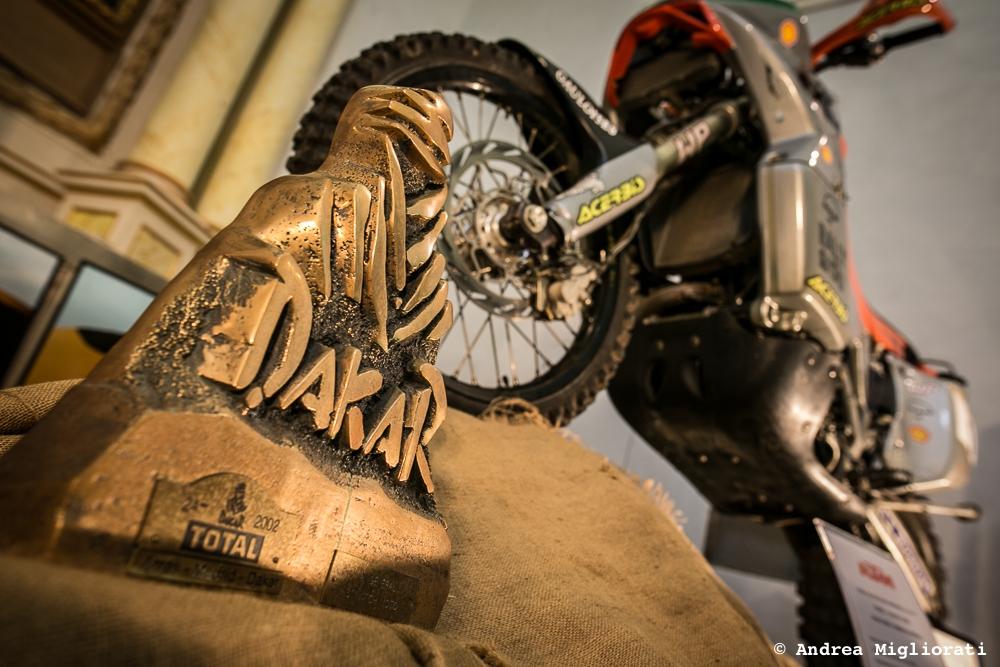 Il gigante e lo spirito della Dakar, ecco la mostra dedicata a Fabrizio Meoni