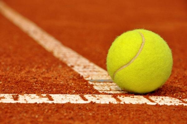 Tennis: un sorprendente TC Cortona Camucia espugna Sinalunga