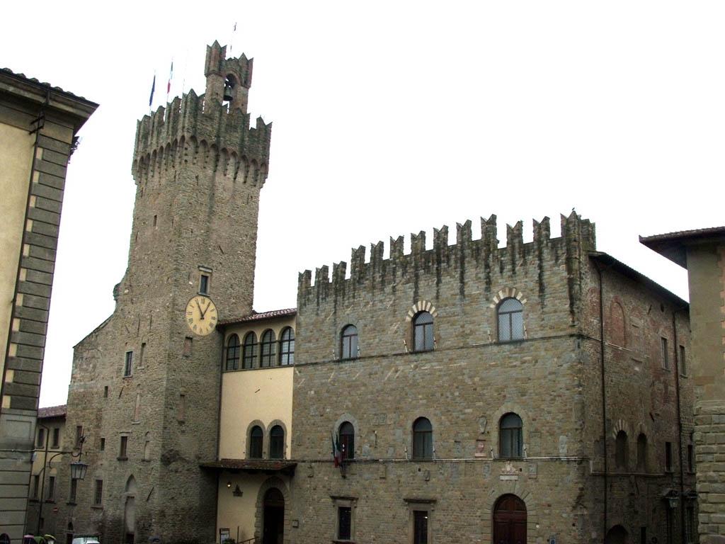 Elezioni Comunali Arezzo, elenco liste e candidati