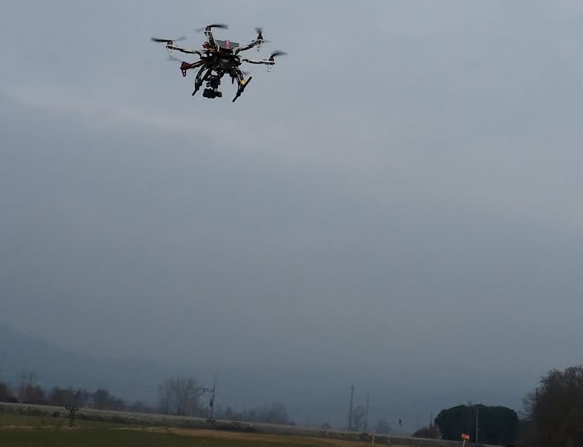 Droni per controllare i corsi d'acqua, nuove tecnologie per il Consorzio di Bonifica in Valdichiana