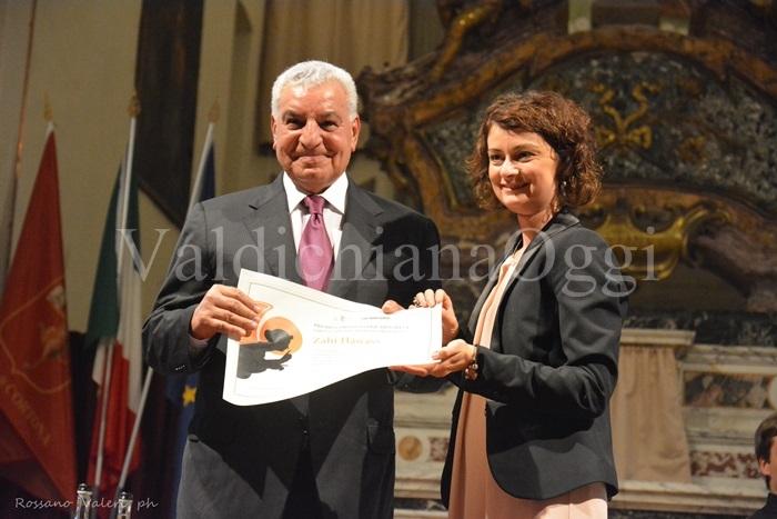 Il Premio CortonAntiquaria 2015 a Zahi Hawass. Le foto della serata