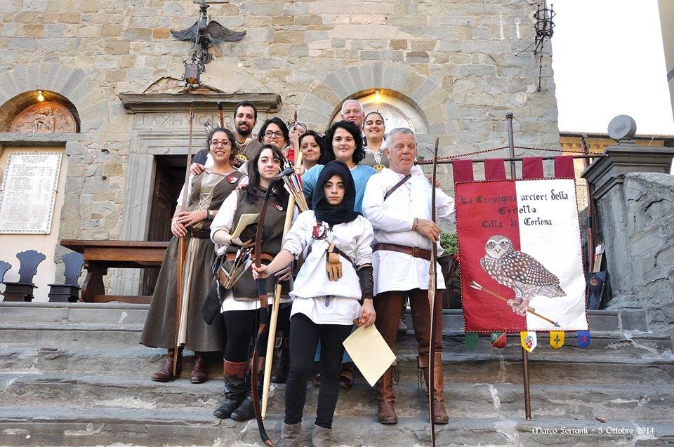 Domenica a Cortona il 'Torneo della civetta' coi migliori arcieri d'Italia
