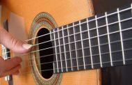 Corsi di chitarra all'oratorio di Camucia