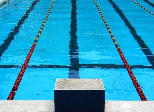 Nuoto: il giovane Alessandro Pinzuti convocato per una 'collegiale' Nazionale