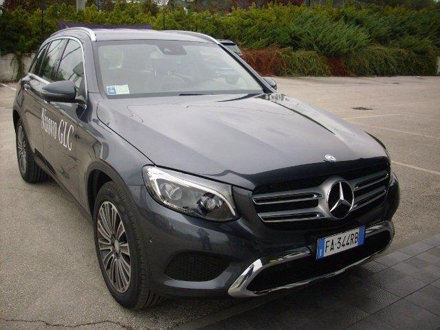 Test Drive: Mercedes GLC, gran classe compatta