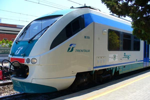Treni: aggiunte due fermate in Valdichiana per l'11680 Chiusi - Firenze