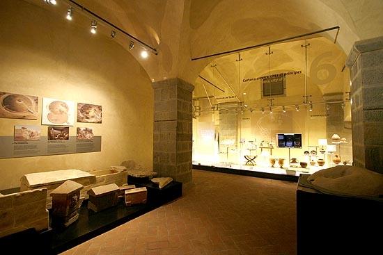Caffè letterario al MAEC: conversazioni di archeologia e arte