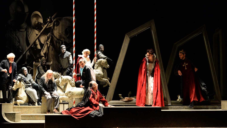 L'Enrico IV in scena al Signorelli