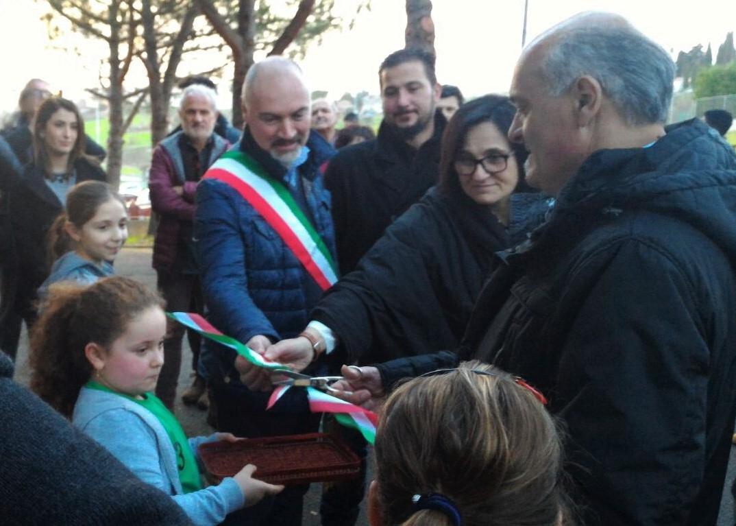 Marciano, nuovo defibrillatore, gesto di solidarietà nel ricordo di Morena Redi