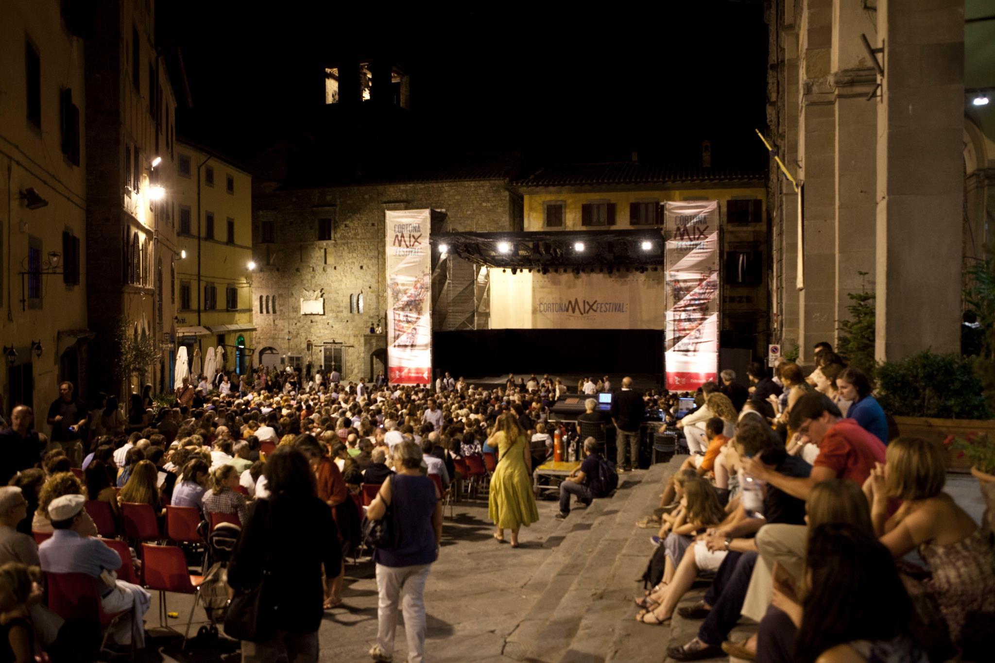 Cortona, presentati gli eventi del 2016
