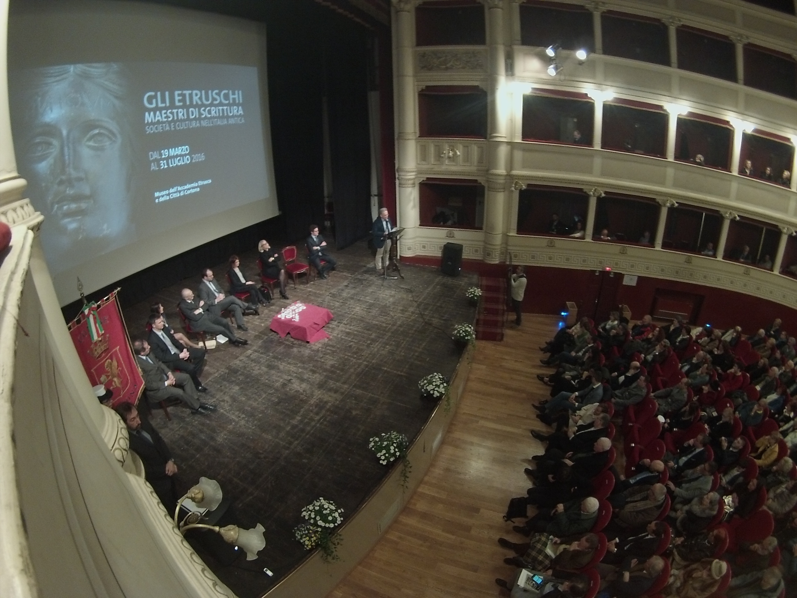 Inaugurata a Cortona la mostra