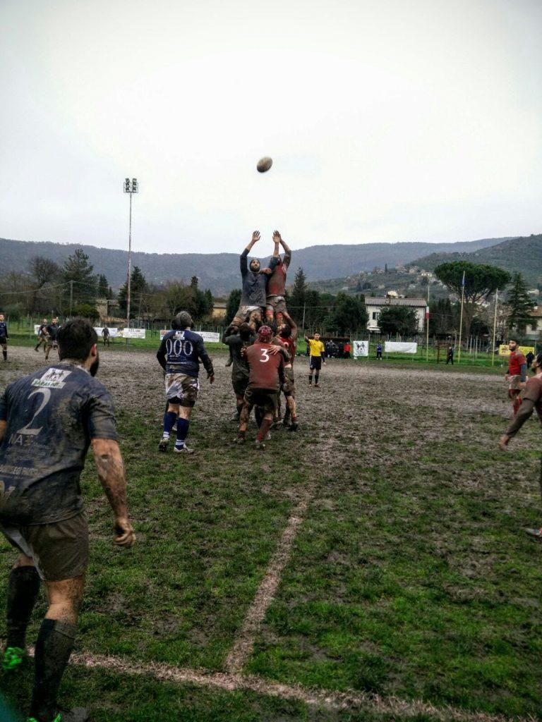Rugby: il Clanis batte la capolista Firenze