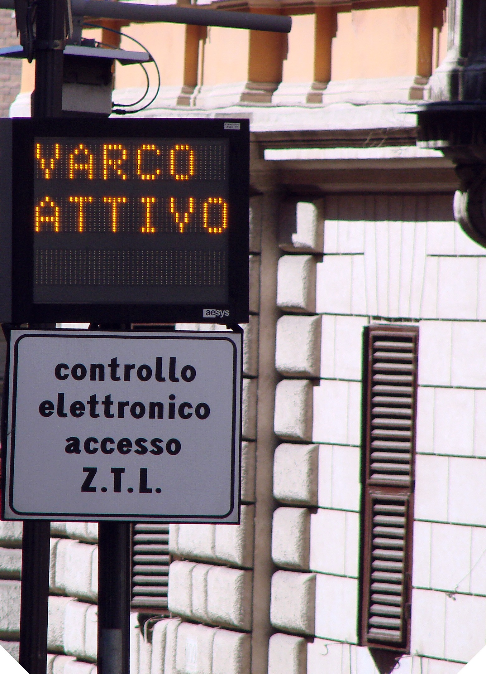 Cortona, dal 1° Maggio in vigore l'orario estivo della ZTL