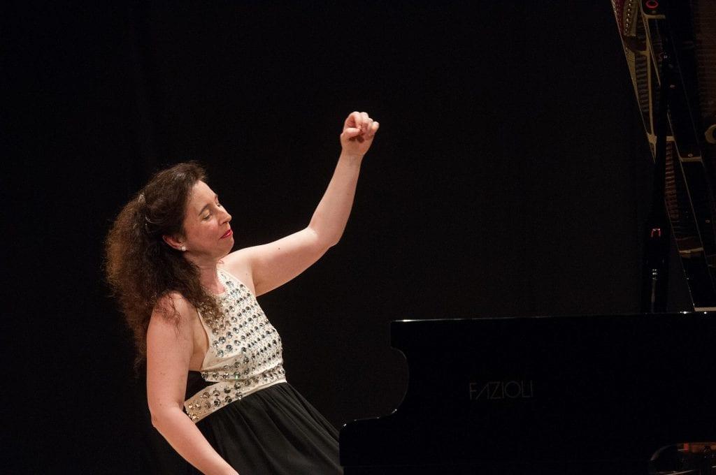 A Cortona il Trasimeno Music Festival con la pianista Angela Hewitt