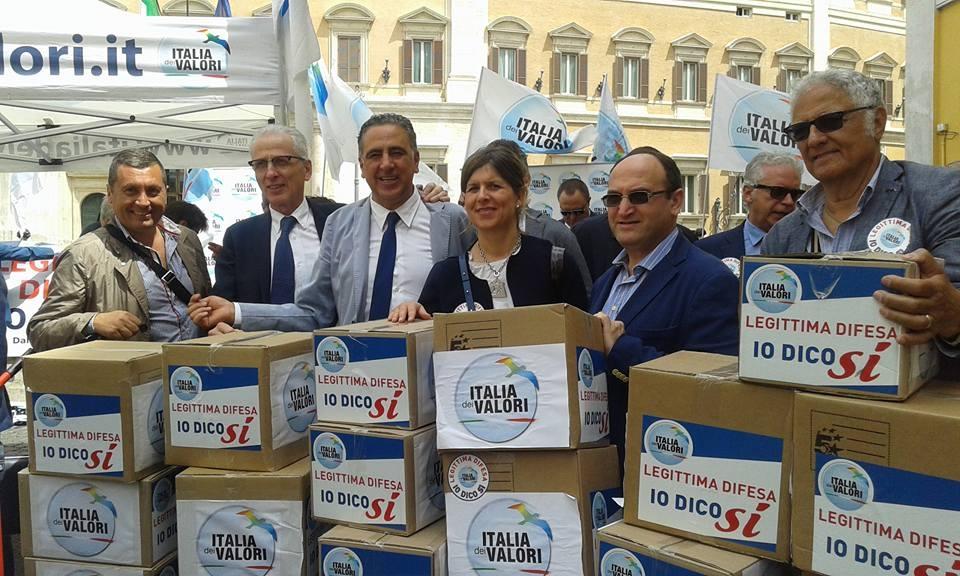 Proposta di legge dell'Italia dei Valori, oltre 2mila firme a Castiglion Fiorentino
