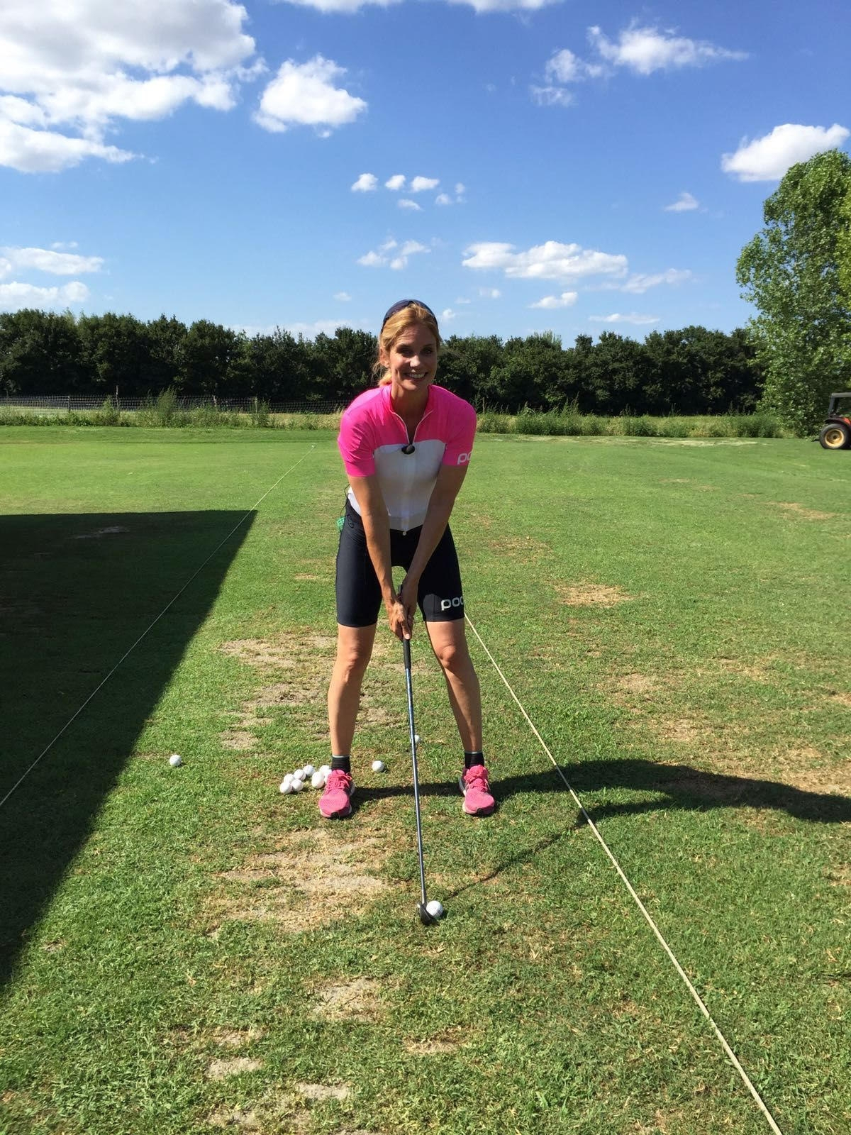 Filippa Lagerback al Golf Club Valdichiana per Sky Bike Channel