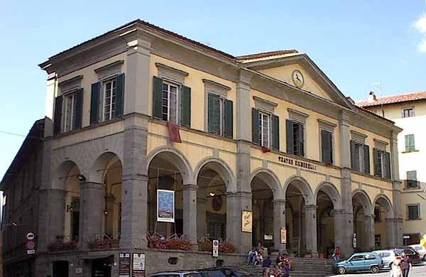 Teatro Signorelli, 150 anni di storia in un libro