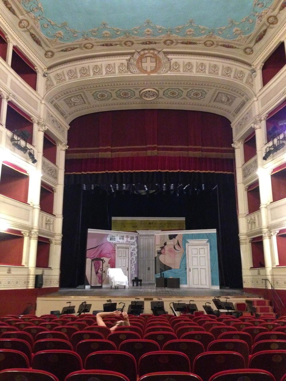 Teatro Signorelli, in un libro la storia di un luogo simbolo di Cortona