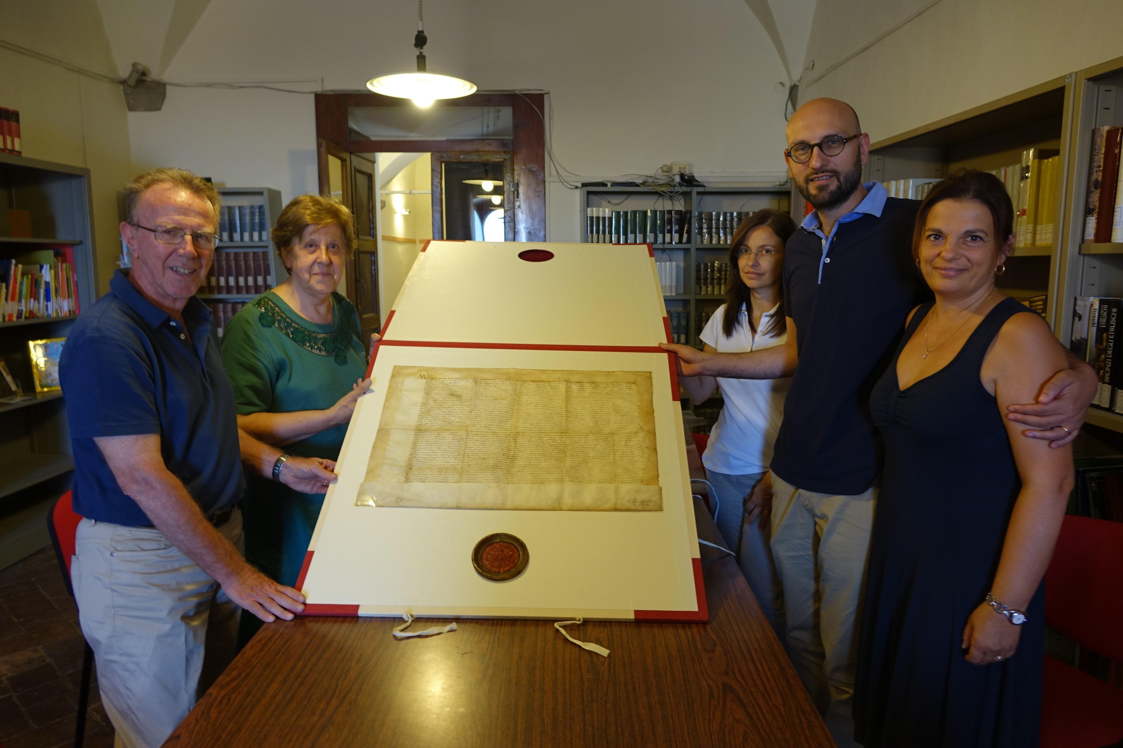Prezioso documento donato all'Accademia Etrusca
