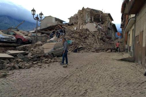 Valdichiana solidale con i comuni colpiti dal sisma, tanti esempi positivi