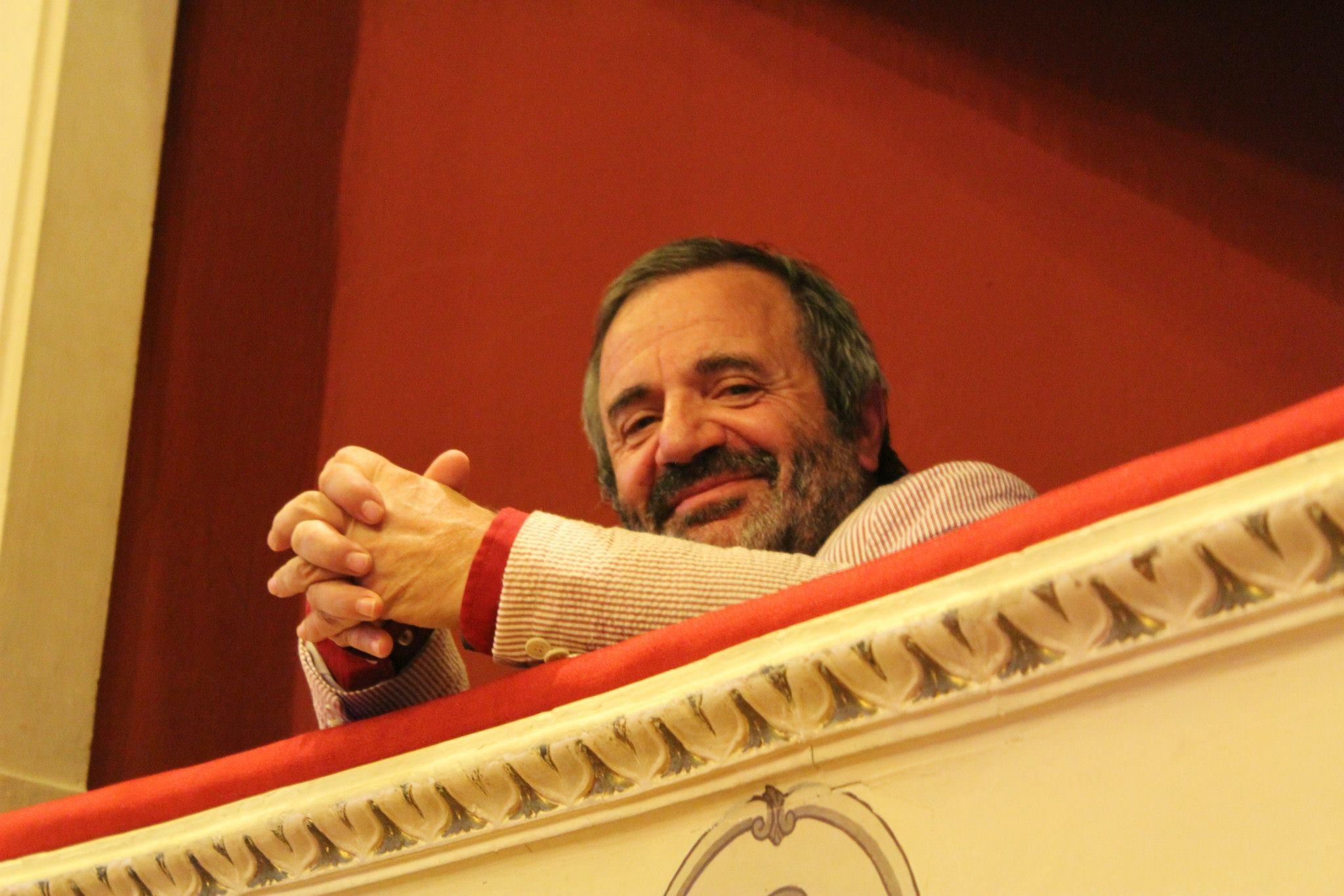Stagione teatrale al Signorelli, una chiacchierata con Alfredo Gnerucci