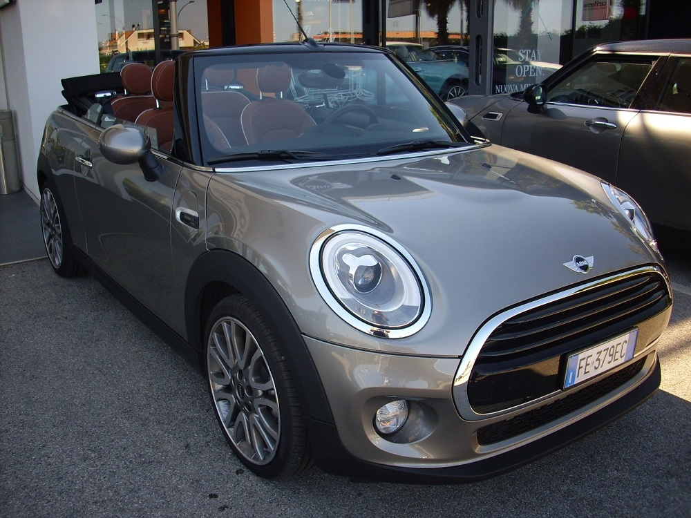 Test Drive: nuova Mini Cabrio