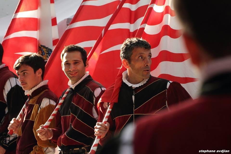Gli sbandieratori di Castiglion Fiorentino in udienza privata da Papa Francesco