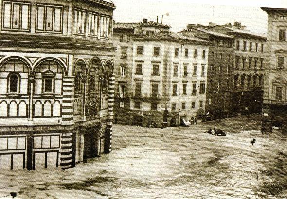 Anche 9 castiglionesi fra gli 'Angeli del Fango' della Firenze alluvionata