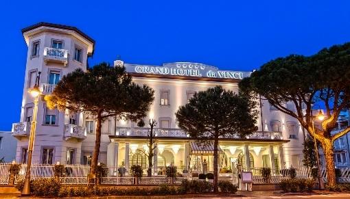 HALLOWEEN LA NOTTE PIU' TERRIFICANTE DELL'ANNO FA SORRIDERE NEGLI ALBERGHI BATANI SELECT HOTELS