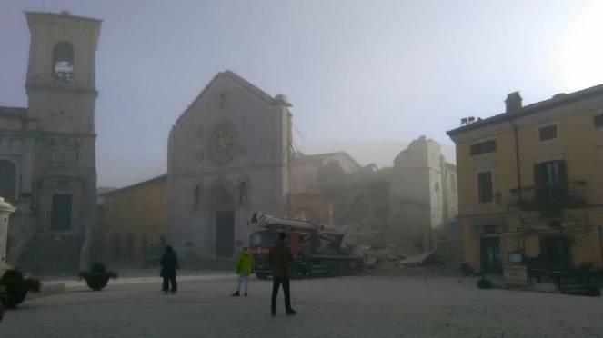 Scossa delle 7.41, controlli su scuole ed edifici 'strategici' anche in Valdichiana