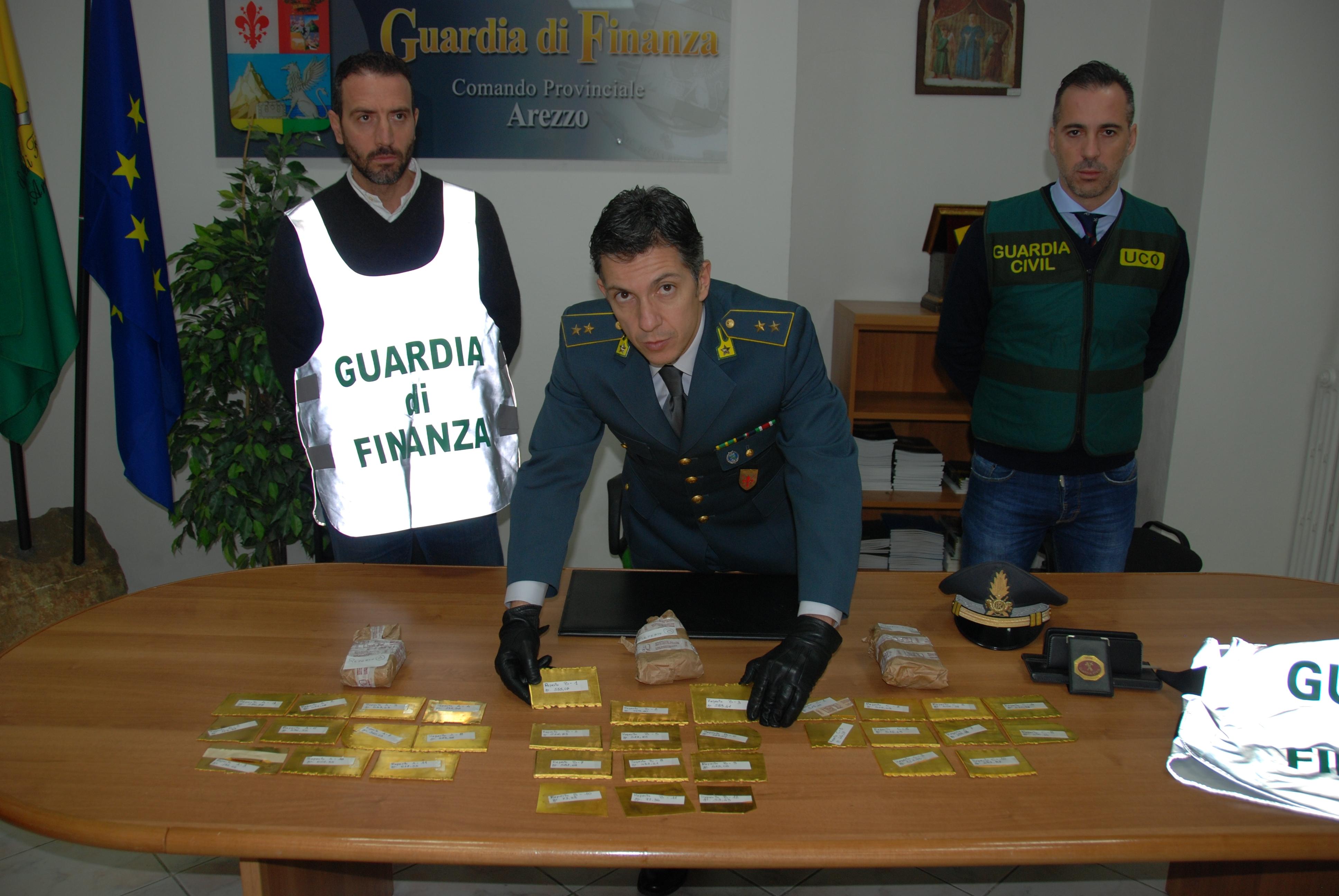 Guardia di Finanza sequestra 27 Kg di oro nell'ambito dell'operazione