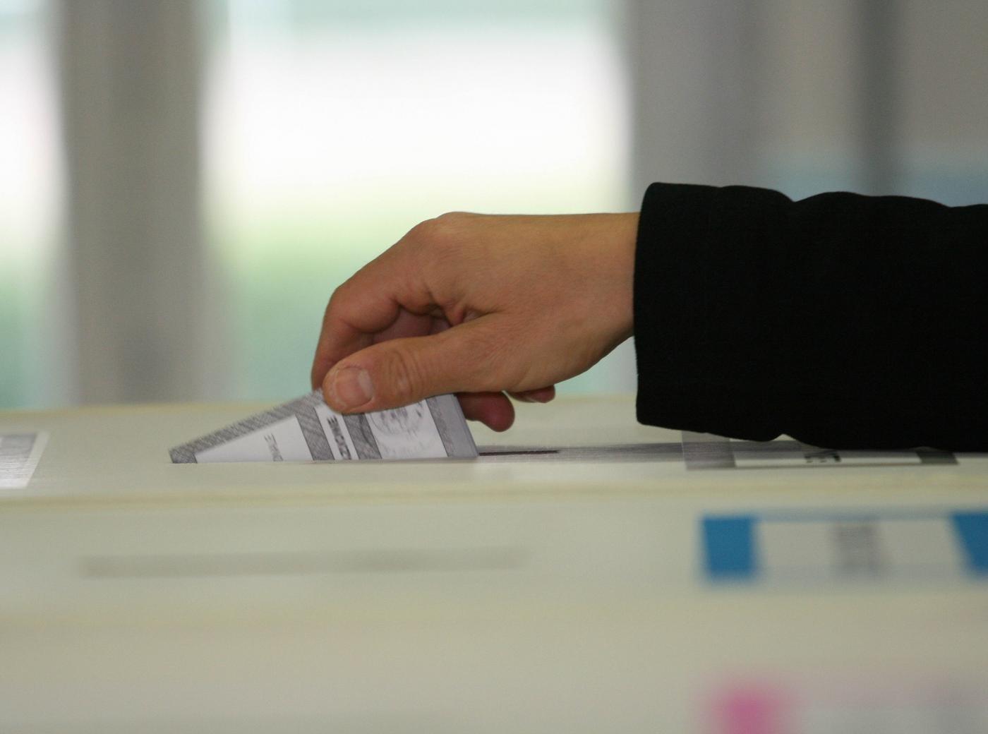 Provincia: urne chiuse, ha votato l'82%. Nel pomeriggio i risultati