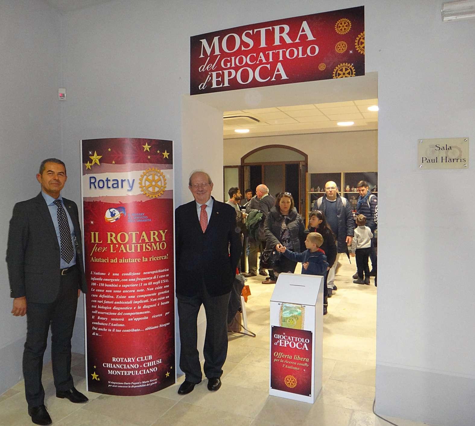 Giocattoli antichi in mostra a Montepulciano, esposizione promossa dal Rotary