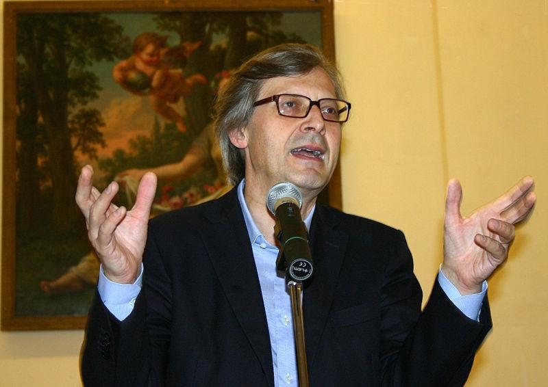 Sgarbi a Villa Petrischio, presenterà il suo nuovo libro
